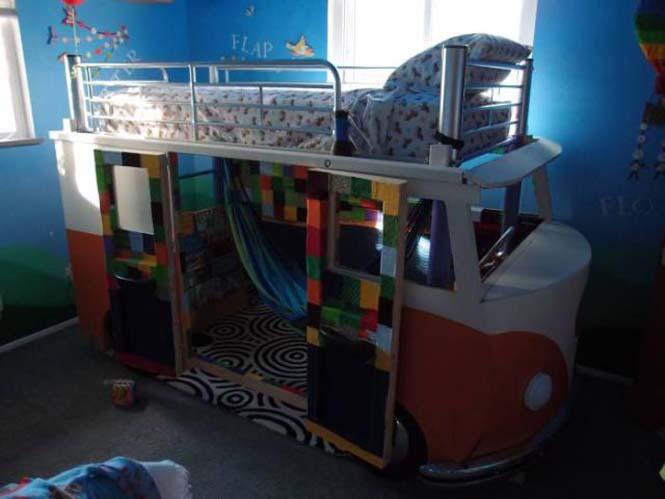 Η κατασκευή ενός κρεβατιού που μοιάζει με φορτηγάκι Volkswagen (26)