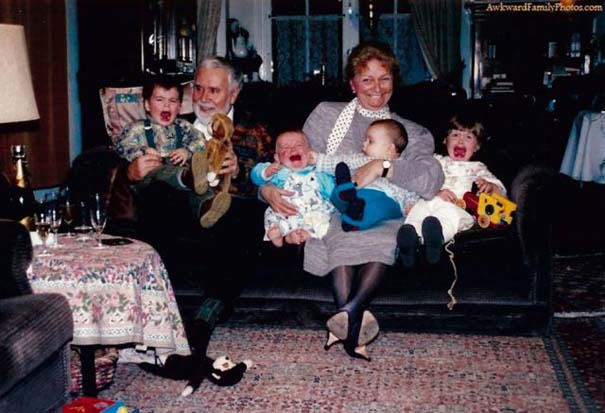 Παιδιά που έκλεψαν την παράσταση σε οικογενειακές φωτογραφίες (9)