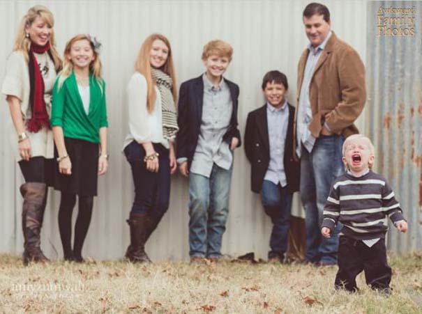 Παιδιά που έκλεψαν την παράσταση σε οικογενειακές φωτογραφίες (20)