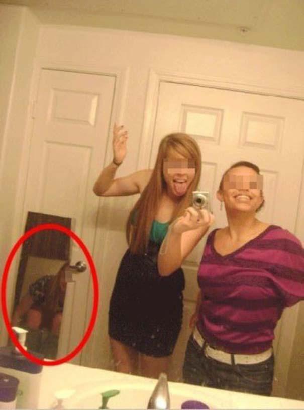 Περιπτώσεις που ένας καθρέφτης έκανε την φωτογραφία πιο... ενδιαφέρουσα (5)