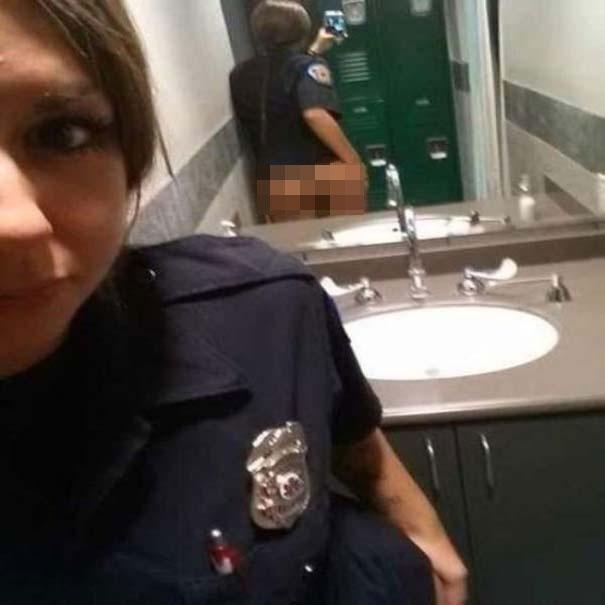 Περιπτώσεις που ένας καθρέφτης έκανε την φωτογραφία πιο... ενδιαφέρουσα (20)