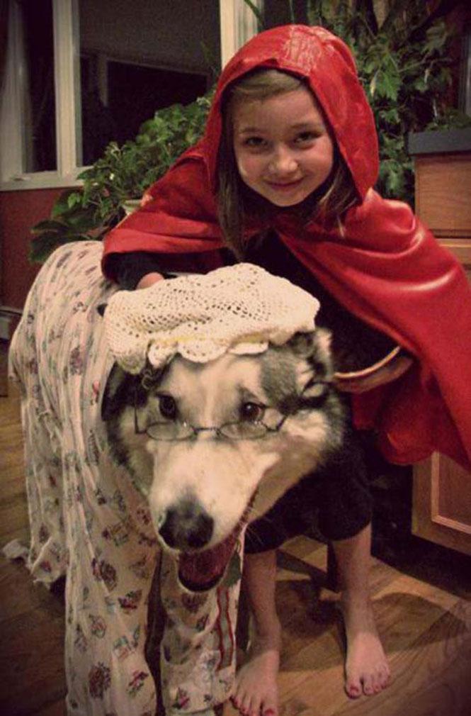 Η κοκκινοσκουφίτσα και ο κακός λύκος | Φωτογραφία της ημέρας