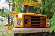 Σχολικό λεωφορείο μετατράπηκε σε σπίτι (1)