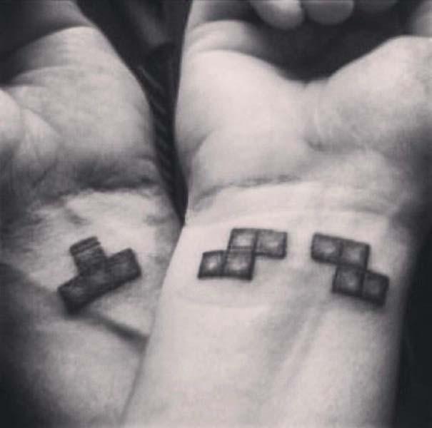 33 ζευγάρια που ενώθηκαν με ένα πρωτότυπο ή παράξενο τατουάζ (2)