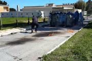 Απίστευτη γκάφα σε άσκηση της αστυνομίας: Πως να μην πετάξετε μια μολότοφ