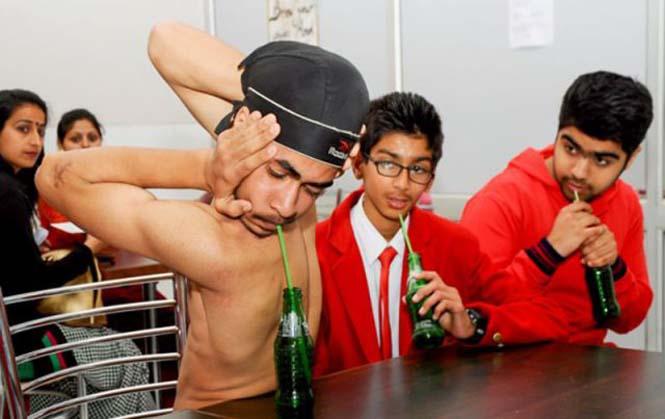 Έφηβος με κορμί λάστιχο (2)