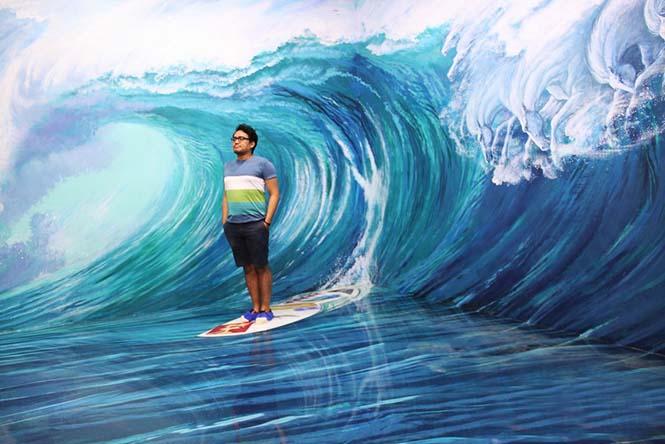 Έκθεση 3D τέχνης σου επιτρέπει να γίνεις μέρος των έργων (7)