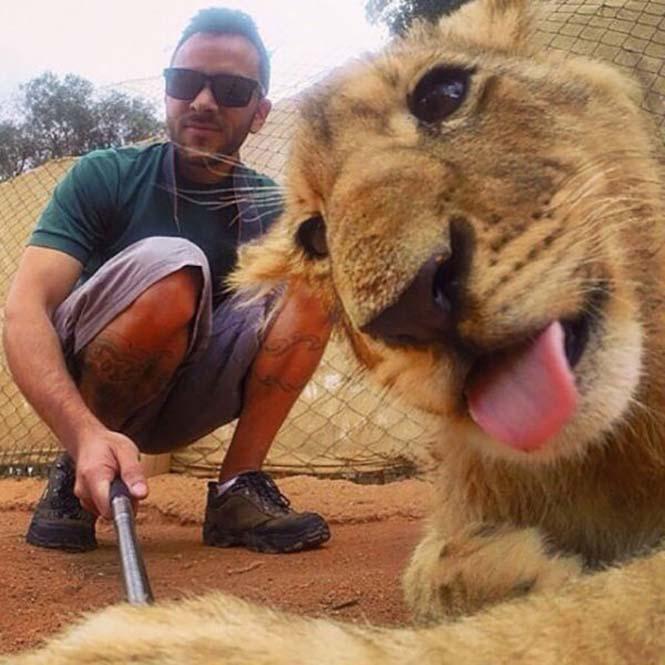 Κορυφαίες selfies απ' όλο τον κόσμο (12)
