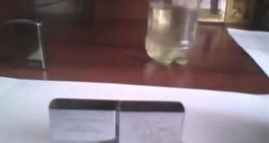 Ο πιο λάθος τρόπος γεμίσματος ενός αναπτήρα Zippo (Video)