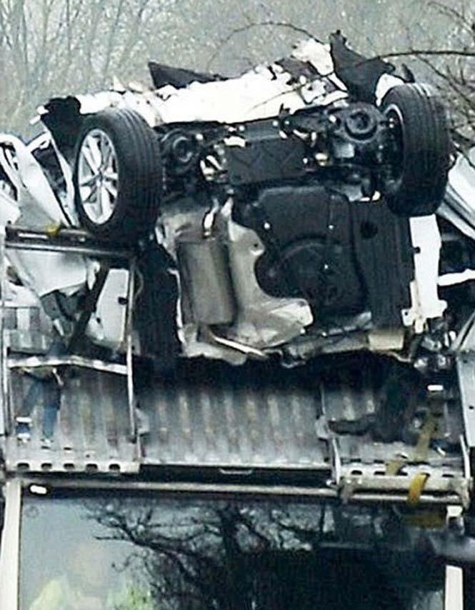 Οδηγός νταλίκας με καινούργια αυτοκίνητα μόλις εξασφάλισε την απόλυση του (3)