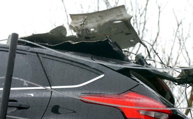 Οδηγός νταλίκας με καινούργια αυτοκίνητα μόλις εξασφάλισε την απόλυση του (6)