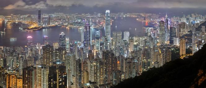 Ο νυχτερινός ορίζοντας του Hong Kong | Φωτογραφία της ημέρας