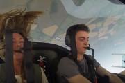 Πιλότος ακροβατικού αεροσκάφους αποφάσισε να τρομοκρατήσει τους φίλους του