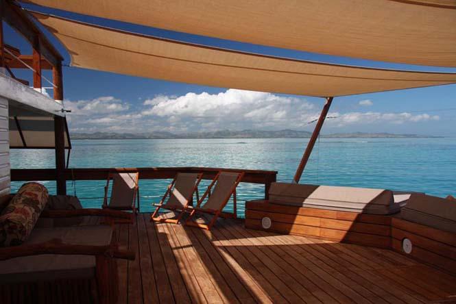 Cloud 9 Fiji: Πλωτό μπαρ στην μέση του ωκεανού (14)