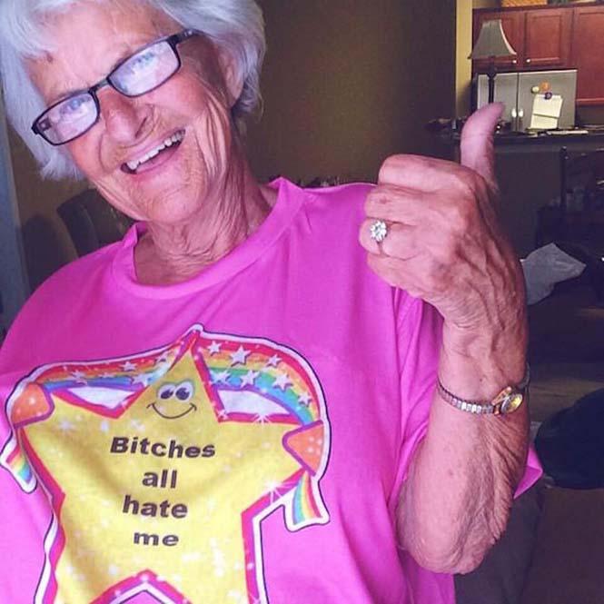 Η 86χρονη γιαγιά που έχει τρελάνει το Internet (3)
