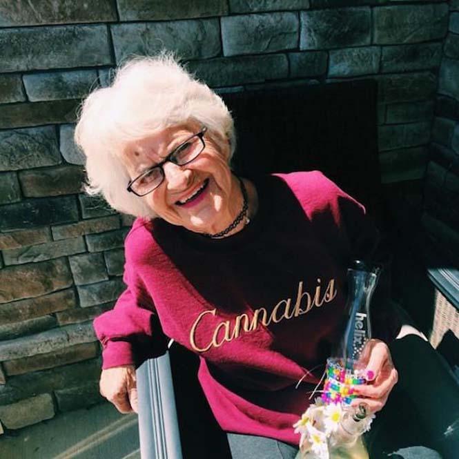 Η 86χρονη γιαγιά που έχει τρελάνει το Internet (8)