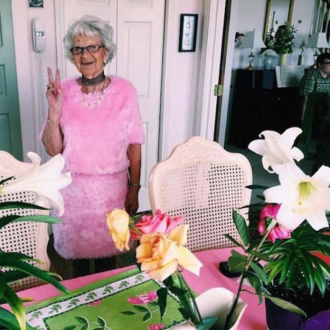 Η 86χρονη γιαγιά που έχει τρελάνει το Internet (12)