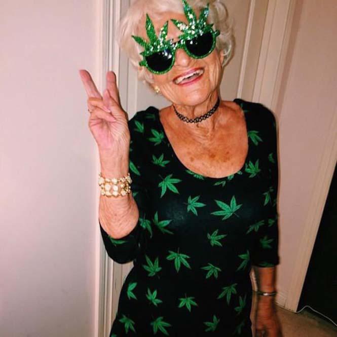 Η 86χρονη γιαγιά που έχει τρελάνει το Internet (15)