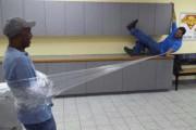 Κωμικοτραγικές καταστάσεις στη δουλειά #8 (1)