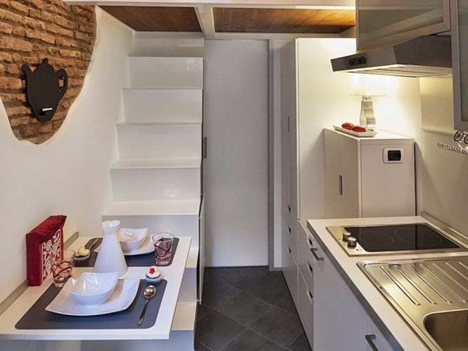 Μικροσκοπικό διαμέρισμα στη Ρώμη που έχει όλα τα απαραίτητα (2)
