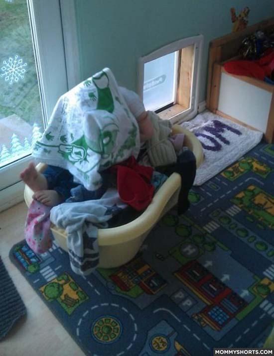 Παιδιά που δεν έχουν καταλάβει ακριβώς πως παίζεται το κρυφτό (10)