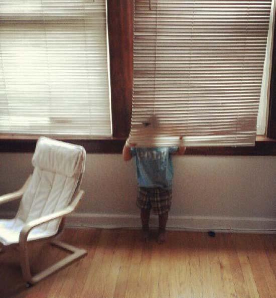 Παιδιά που δεν έχουν καταλάβει ακριβώς πως παίζεται το κρυφτό (17)