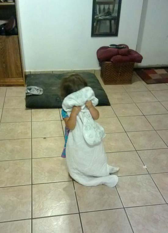 Παιδιά που δεν έχουν καταλάβει ακριβώς πως παίζεται το κρυφτό (22)