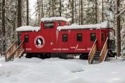 Παλιό βαγόνι τρένου μετατράπηκε σε μικρό ξενοδοχείο (1)
