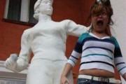 Ποζάροντας με αγάλματα #14 (7)