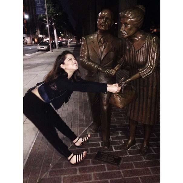 Ποζάροντας με αγάλματα #14 (12)