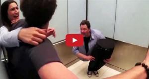 Μάγος «κόβεται» στη μέση μέσα σε ασανσέρ και σπέρνει τον πανικό (Video)