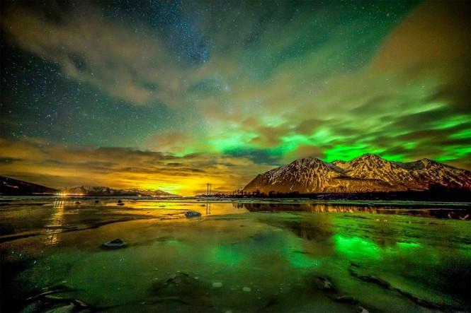 Εκπληκτικός νυχτερινός ουρανός στο Sortland της Νορβηγίας   Φωτογραφία της ημέρας
