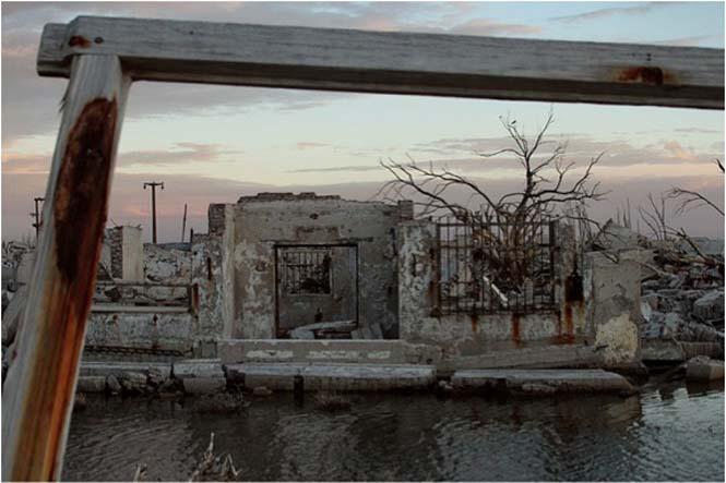 Η πόλη που έμεινε 25 χρόνια κάτω από το νερό (3)