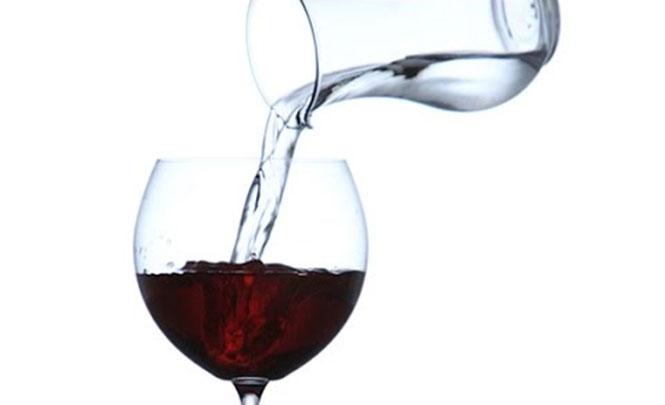 Πως να μετατρέψετε το νερό σε... κρασί