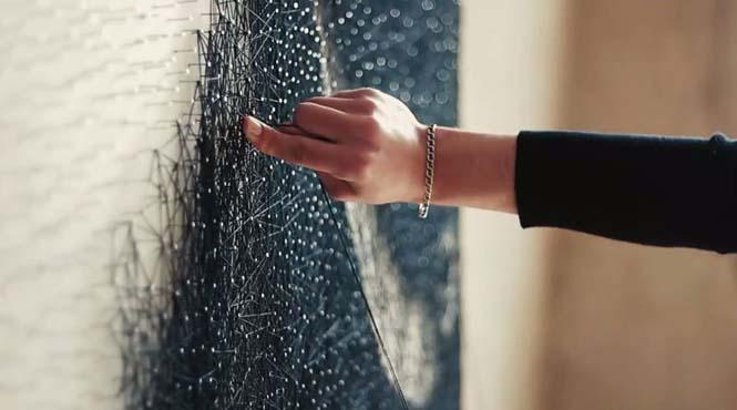 Καλλιτέχνης τύλιξε 24 χιλιόμετρα νήματος γύρω από 13.000 καρφιά για να δημιουργήσει κάτι εκπληκτικό (6)