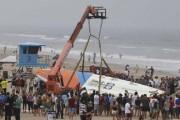 66 surfers έκαναν παγκόσμιο ρεκόρ πάνω σε μια σανίδα (1)