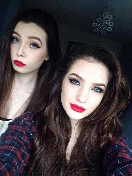 Η διαφορά δυο κοριτσιών με / χωρίς μακιγιάζ (1)