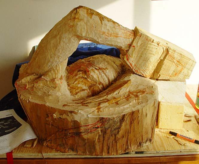 Γλύπτης μετέτρεψε κομμάτι ξύλου σε κάτι εκπληκτικό (4)
