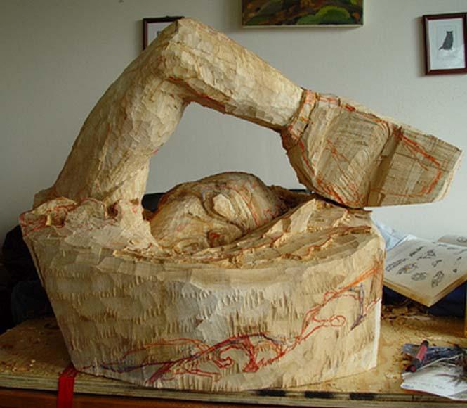 Γλύπτης μετέτρεψε κομμάτι ξύλου σε κάτι εκπληκτικό (5)