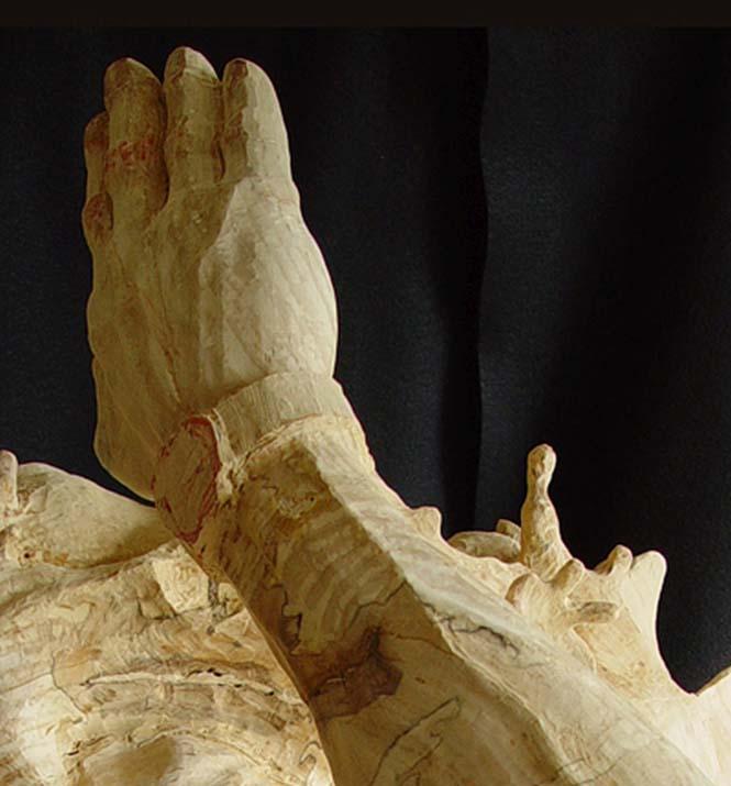 Γλύπτης μετέτρεψε κομμάτι ξύλου σε κάτι εκπληκτικό (10)
