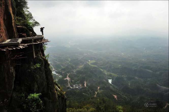 Κατασκευάζοντας ένα ορεινό μονοπάτι στην Κίνα (2)