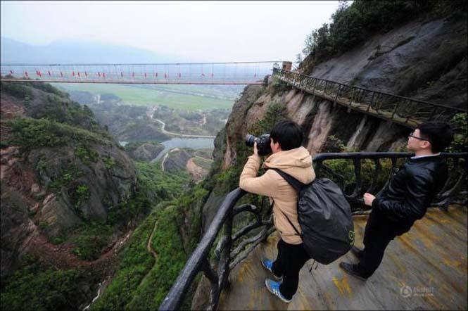 Κατασκευάζοντας ένα ορεινό μονοπάτι στην Κίνα (7)