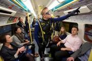 Παράξενες και κωμικοτραγικές φωτογραφίες στα μέσα μεταφοράς #8 (1)