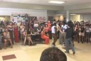 Μαθητής κερδίζει σε χορευτική μονομαχία με απρόσμενο τρόπο