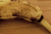 Μετά από αυτό το βίντεο θα ανατριχιάζετε κάθε φορά που βλέπετε μια μπανάνα