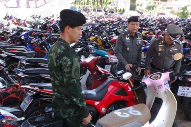Αυτό συμβαίνει σε όσους κάνουν παράνομες κόντρες στους δρόμους της Ταϊλάνδης (4)