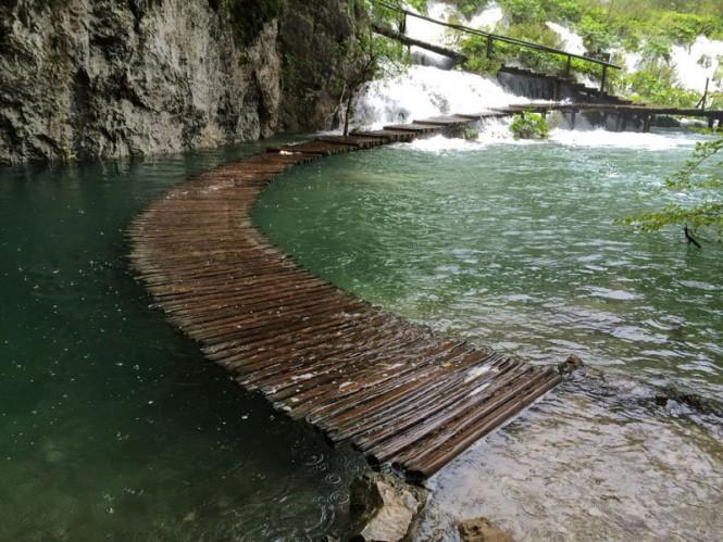 Υδάτινο μονοπάτι στην Κροατία | Φωτογραφία της ημέρας