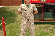 Δεν θα πιστεύετε πως ήταν αυτός ο στρατιώτης πριν από μερικά χρόνια (1)