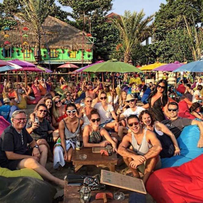Εγκλωβισμένοι στο Bali (12)