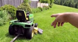 Κουρεύοντας το γκαζόν στον μισό χρόνο με μια ενδιαφέρουσα πατέντα (Video)
